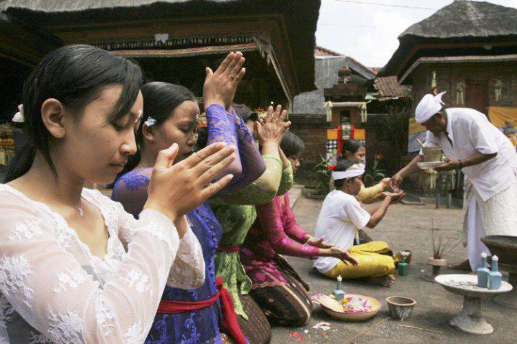 Балинезийский календарь Павукон